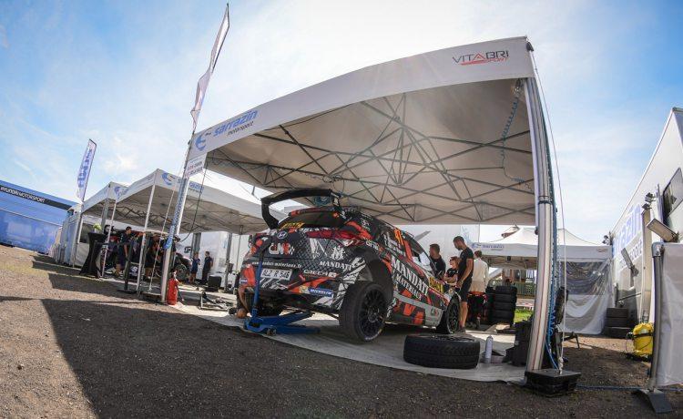 tente pliante v2 de Sarrazin Motorsport