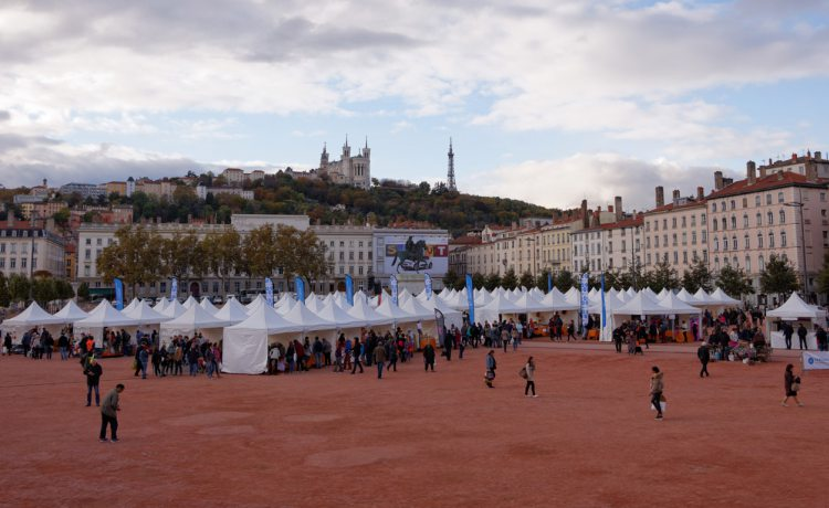 tentes pliantes V3 garden du marché des saveurs de Lyon