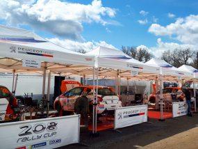 tentes pliantes V3 PRO de Peugeot Sport au rallye coeur de France