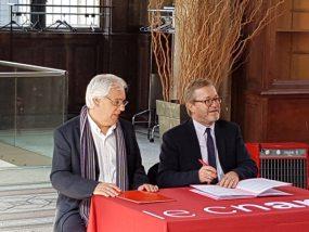 Signature de la convention entre le conservatoire national des arts et métiers et le club des managers de centre-ville et de territoire