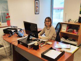 Corinne, commerciale spécialisée collectivités, institutions et associations