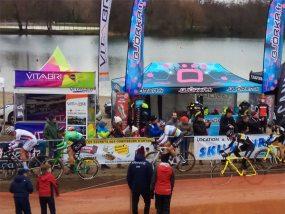 tentes pliantes V3 PRO à la coupe du monde de cyclo-cross