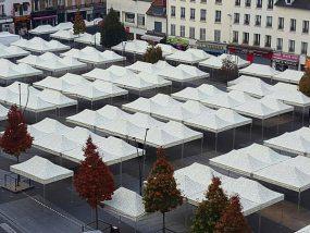 Tentes pliantes V3 pro au marché de Saint-Denis