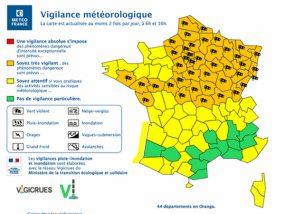 Météo-France annonce une vigilance orange sur la moitié nord du pays.