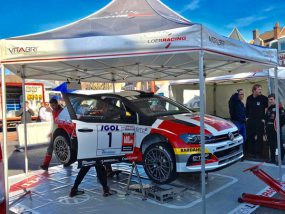 tente pliante Hexa 4 de Sébastien Loeb Racing au rallye des routes du Nord