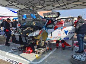 Tente pliante V2 5x5 du team Sébastien Loeb Racing au rallye de Meuse