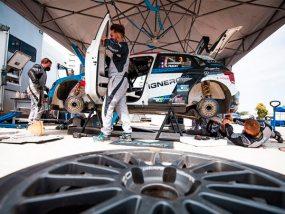 tente paddock de Sarrazin Motorsport au rallye du Touquet