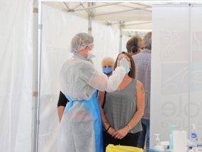 test de dépistage du covid-19 sous une tente pliante V3 PRO