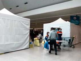 tentes pliantes V3 PRO du centre de dépistage de Limoges