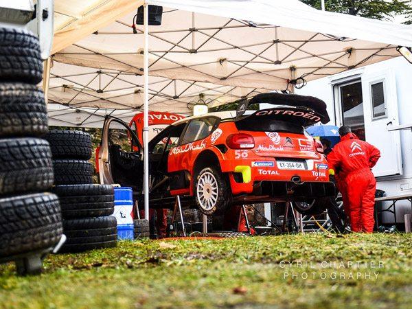 tentes pliantes V3 PRO aux essais de Sébastien Ogier pour le Rallye Monte-Carlo