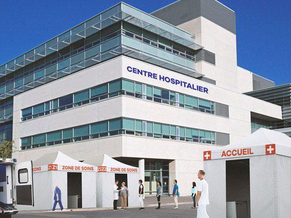 Afin d'apporter son soutien aux professionnels de santé en cette période de pandémie du COVID-19, VITABRI met à disposition gratuitement son parc de tentes de location aux centres hospitaliers.