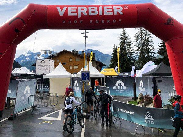 tentes pliantes V3 garden au Verbier E-Bike Festival